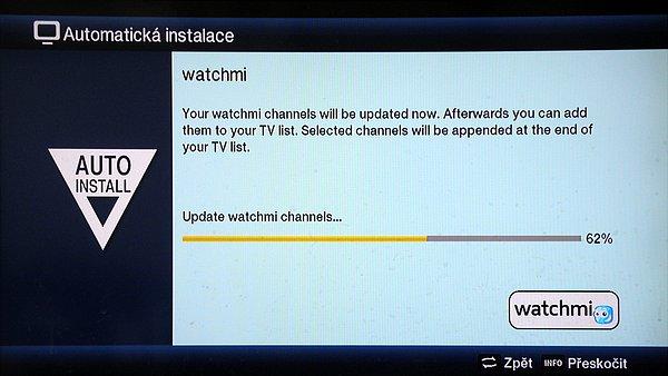 Funkce watchmi umožňuje při připojení k internetové síti sledovat streamy různých německých programů z jejich serverů. Zde vidíte automatickou instalaci této služby.