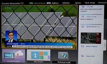 Můžete si vybrat takovou Domácí obrazovku na které budete vidět stanice z druhého (druhých) tunerů. Můžete se pak mezi nimi i přepínat, nebo v jiné části menu zvolit náhled na polovinu obrazovky pro každý kanál.