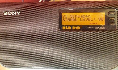 Po ránu bylo možné přijímat digitální rozhlas z Bavorska na kanálu 11D naprosto bez problémů, téměř v místní kvalitě.