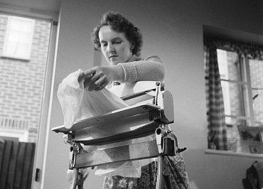 Domácí varianta mandlu, 1955