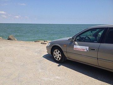 Mezinárodní projekt #NoCashTrip dojel až ke Kaspiku.