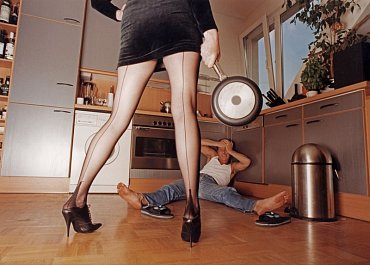 Násilníkem, resp. násilnicí může být i žena!