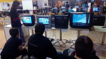 V RetroHerně budou kromě počítačů také staré herní konzole.