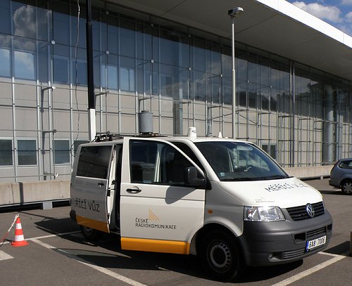 Měřící vůz Českých Radiokomunikací disponující i možností zjistit kvalitu signálu DVB-T2