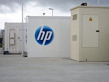 Mobilní datacentrum HP POD se vyrábí ve Foxconnu v Kutné Hoře.