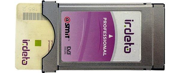Doporučený modul pro tuto stanici, IRDETO Professional od firmy Smit je vyráběn ve třech verzích, pro 4, 6 nebo 8 služeb. Počet kódovaných programů je dán přenosovými možnostmi CA modulu přístupových karet.