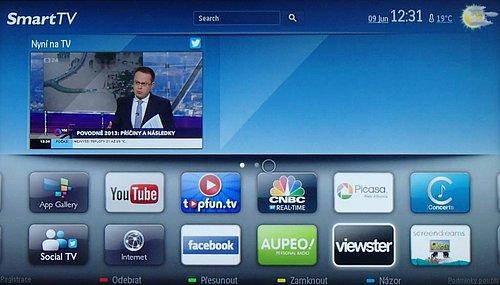 Přehled základní nabídky widgetů, včetně vstupu na webový prohlížeč s možností zadat vlastní adresu (Internet). Vpravo nahoře obrazovku Smart TV někdy doplňují hry, jindy naposledy sledované kanály. Obrazovku si můžete i upravit podle svého (částečně).
