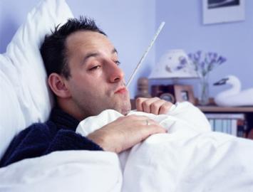 nachlazení, horečka, nemocný muž
