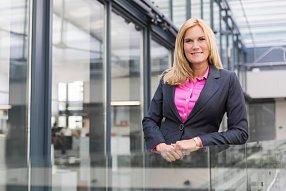 Kateřina Krásová, ředitelka marketingu Hypoteční banky, (09/2015)