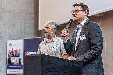 Pavel Tvrdík a Zdeněk Kučera (v popředí) zahajují LAW FIT 2015