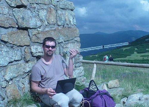 Autor textu u mohyly Hanče a Vrbaty v nadmořské výšce 1415 m.n.m.