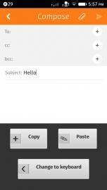 Vpravdě sparťansky pojatý layout Copy&Paste klávesnice - ale ono toho vážně asi víc potřeba ani není.