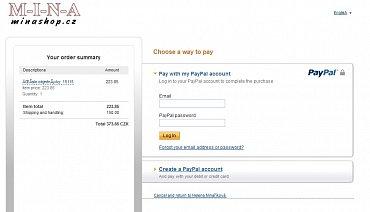 Platební portál PayPal umí také přijímat karty. Má však omezení v podobě absence plné češtiny, horších cenových podmínek a nutností zřídit si u PayPal účet (pro plátce i příjemce).