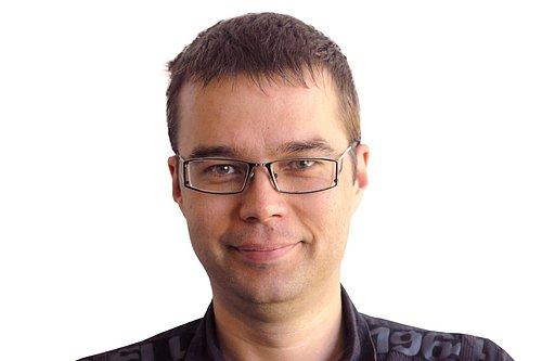 Petr Cikán má více než 13 let zkušeností v e-commerce a internetovém marketingu.