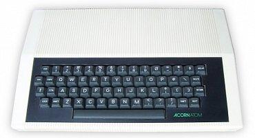 Acorn Atom z roku 1980