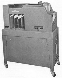IBM Collator z roku 1937 (Columbia University)