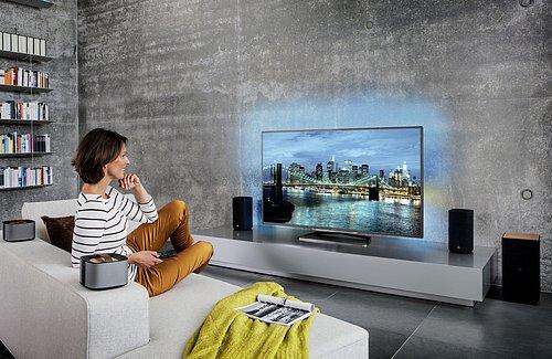 Namodelovaná místnost s Ultra HD televizorem Philips UHD 9708