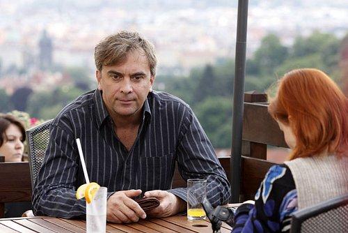 Tomáš Matonoha ani další herci už se do seriálu Ententýky nevrátí, nemají kam.