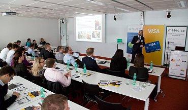 Daniel Adamka, generální ředitel Arriva Transport Česká republika, na konferenci Trendy v mobilním placení