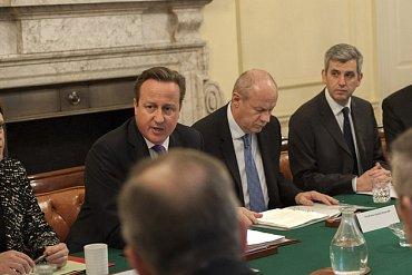 David Cameron na pondělní schůzce v Downing Street
