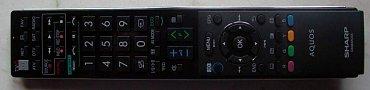 Na dálkovém ovladači natrefíte na většinou výborné rozložení a zatoulalo se v podstatě jen FAV pro vyvolání kanálů zařazených mezi vaše oblíbené. USB Rec pro nahrávání vidíte vlevo nahoře, Time Shift v tomto modelu není ještě zaveden.
