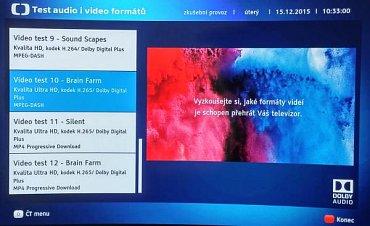Pod HbbTV na stanicích České televize najdete nejen archiv pořadů, ale můžete si přes internet vyzkoušet i podporu kodeku HEVC. Zatím bohužel jen v rozlišení Ultra HD a nikoli ve Full HD v němž se bude od poloviny loňského roku přes DVB-T2 vysílat i u nás. Pamatujte jen, že podpora H.265/HEVC při příjmu z internetu neznamená automaticky tu samou podporu při příjmu přes tunery. (Panasonic TX-65CZ950 - OLED.)
