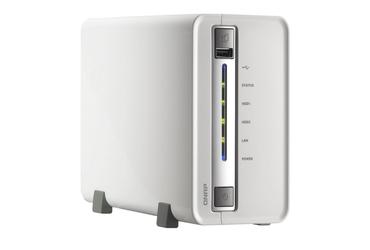 Cenově dostupnější síťové úložiště QNAP TS-212-E, které však nepostrádá žádnou klíčovou multimediální funkci.