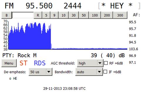 Původní RDS Rádia Hey! na libereckém kmitočtu 95.5 MHz. Z obrázku je patrné, že po určitou dobu byla na kmitočtu pouze nosná vlna.