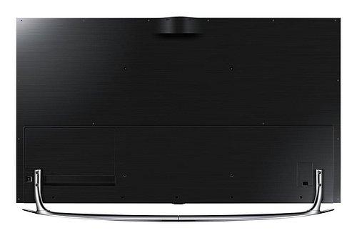 Rozhraní si na zadní straně můžete nechat schovat pod elegantní kryt a televizor tak prokoukne i z této strany. Jak vidíte, je to už i na solitérní instalaci v prostoru.