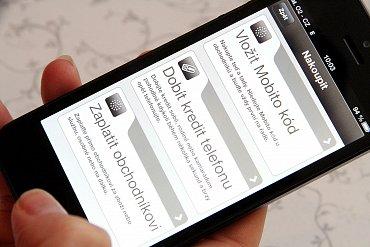 Přes Mobito můžete dobít svým blízkým kredit do mobilního telefonu.