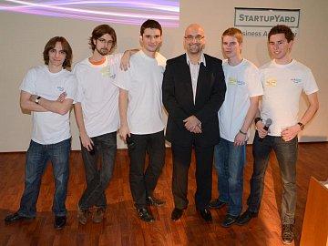 David Beška s týmem AskYou ve StartupYardu