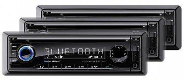 Blaupunkt Stockholm 230 DAB vypadá hodně zajímavě. Za 4.440 Kč nabízí autorádio s přehráváním CD Audio, MP3 a  WMA, Bluetooth 2.0 EDR s podporou spousty profilů a přenosem kontaktů z mobilu, a také USB a mechaniku paměťové karty SD. U ní se mi ale nepodařilo potvrdit, že může být použita k přehrávání muziky i, což by bylo výhodnější, než přes rozhraní USB, které v autě může překážet.