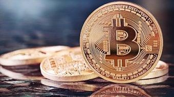Lupa.cz: Jsou bitcoiny peníze, nebo věc?