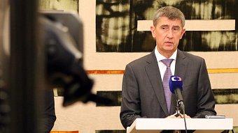 Podnikatel.cz: Zavedení #EET odloženo, ale taky rozšířeno