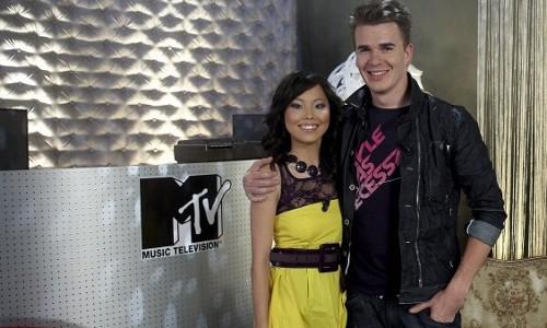 MTV Backstage - moderátoři Hanka Zajíčková a Dominik Turza