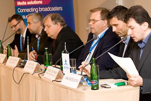 Kulatý stůl DZ 30.9.2008 - 5