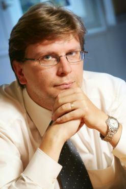 Jiří Kraval s brýlemi - UPC DTH