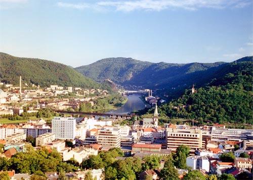 http://i.iinfo.cz/urs/Usti_nad_Labem-118296338397858.jpg