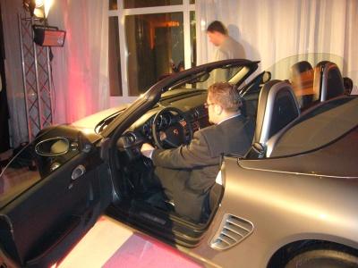 Porsche s XTB - a jen nastartovat