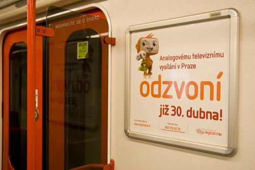 Digiboy v metru 2