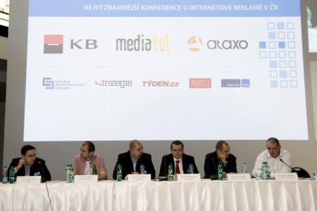 Panelová diskuse Máme se bát krize na IAC 2009