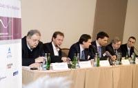 Kulatý stůl DigiZone.cz 200