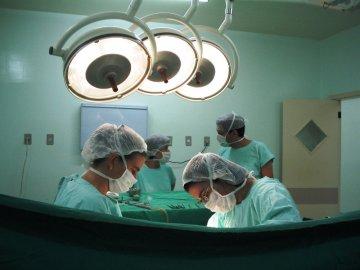 nemocnice, smrt, operace, doktor, škoda na zdraví, nemoc, sxc.hu