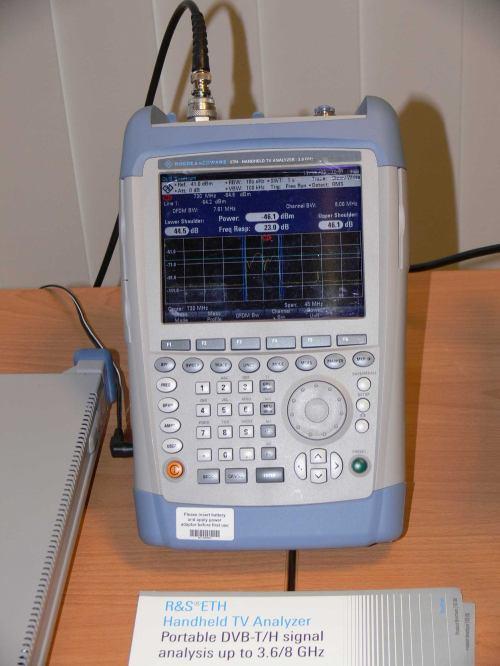 Ruční měřící přístroj pro DVB-T/DVB-T2