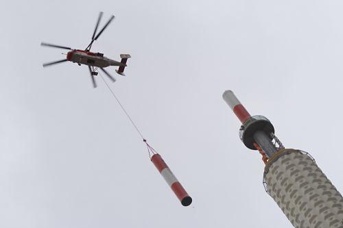 Vrtulník nad Žižkovem
