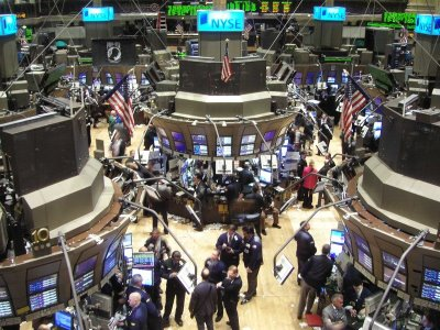 wall street, akcie, obchodování, recese, deprese,