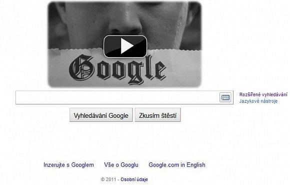To jak si Google mění logo na své hlavní stránce podle významných událostí je už celkem známé. Jedná se o tzv. Google Doodles (kompletní seznam zde http://www.google.com/logos/). Tentokrát je to ale trochu netradiční. Google se rozhodl oslavit 122 výročí narození Charlieho Chaplina (narodil se 16. Dubna 1889), tím že si místo loga dal poměrně vtipné video.Hlavní roli v něm hraje Charlie Chaplin a také Google. Pokud máte rádi Google a Charlieho Chaplina tak to určitě oceníte. Video je možné najít i na Youtube  http://www.youtube.com/watch?v=3NGSU2PM9dA