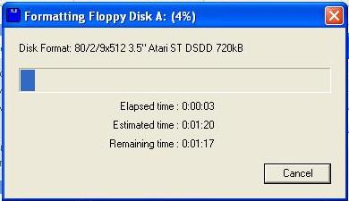 Probíhá formátování (inicializace) formátu diskety.
