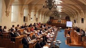 DigiZone.cz: Která ustanovení ZEK se nelíbila senátu?