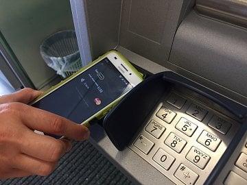 Výběr pomocí NFC technologie.